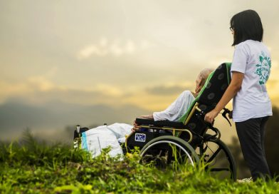 Electric Wheelchair – Helping Patients With Spinal Issues Move Better