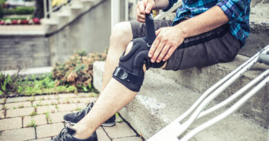 How To Heal a Sprained Knee Quickly