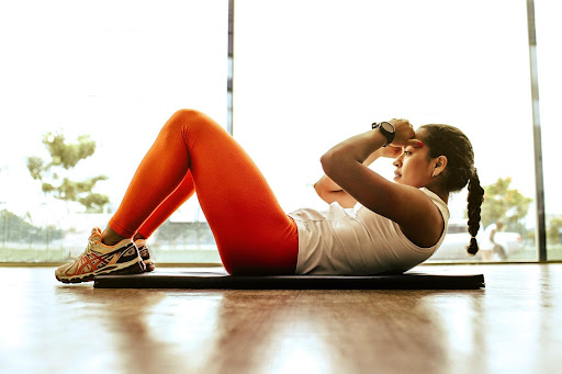 Best Women Outfit For Cardio Exercise